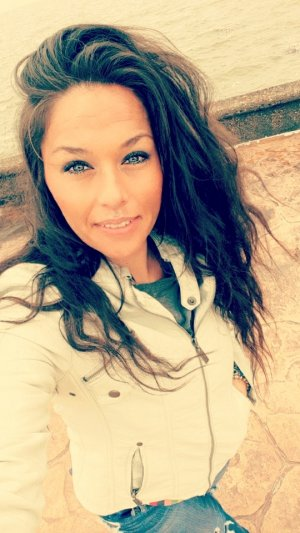 Aenaelle incall escort in Lockhart TX