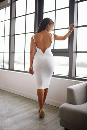 Rhea independent escort