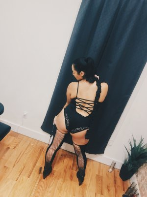 Anne-aurélie outcall escorts in Freeport